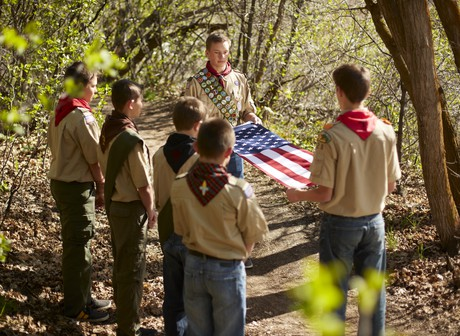 Scouts folding flag