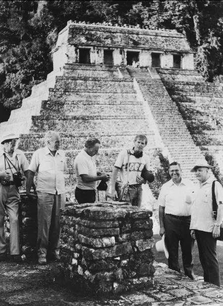 Elder Hunter in mesoamerica