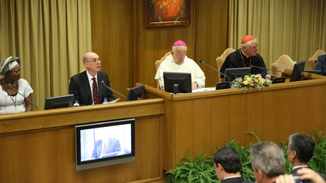 President Eyring speaking in colloquium at the Vatican