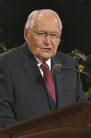L. Tom Perry speaking in conference