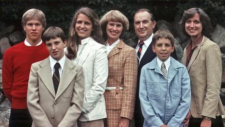 Richard and Jeanene Scott family
