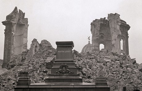 Frauenkirche destroyed