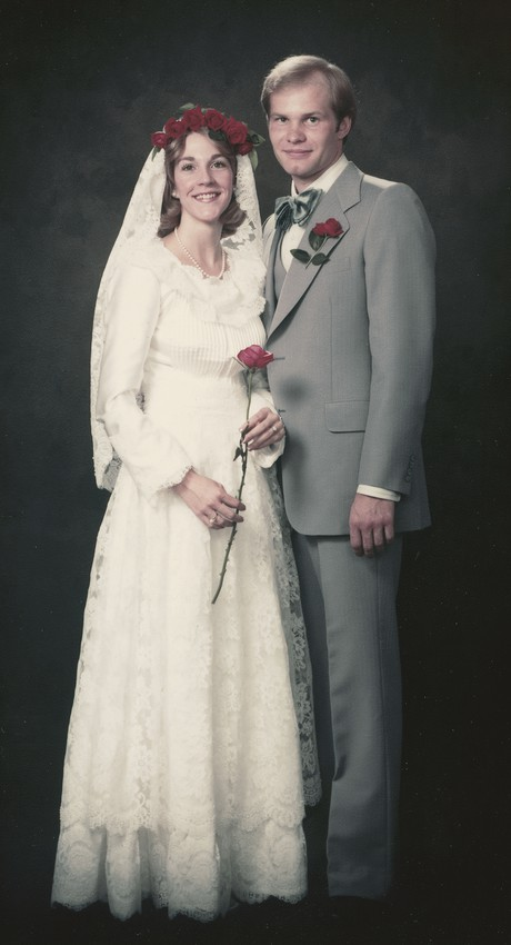 Dale and Ruth Renlund on wedding day