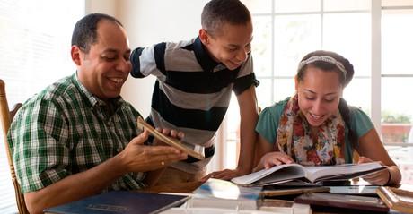 family doing family history