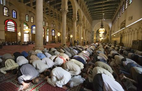 Kyrkorna kan ge plats at muslimer