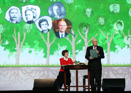 President and Sister Oaks at RootsTech conference