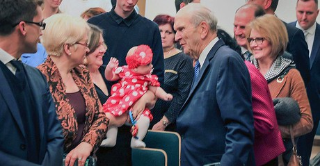 President Russell M. Nelson and members in Russia